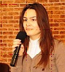 Mihaela speaking thmb